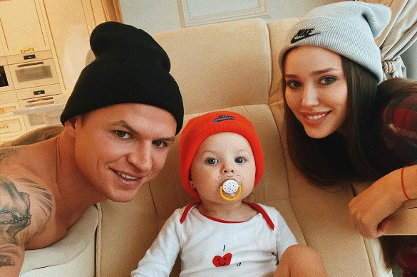 Скоро семья Тарасовых станет больше