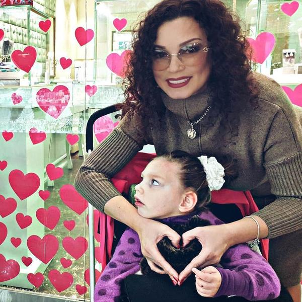 Подписчики Наталии желают Агате скорейшего выздоровления