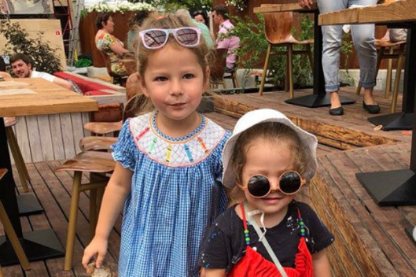 Дочери Марины — Бриана и Дарина