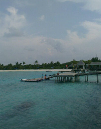 А вот Валерия и Иосиф Пригожин отправились на Мальдивы