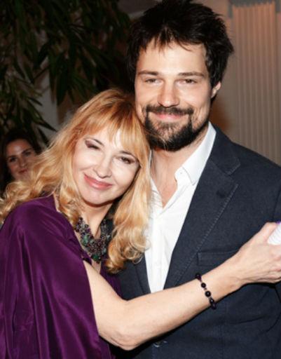 Данила Козловский с мамой Надеждой