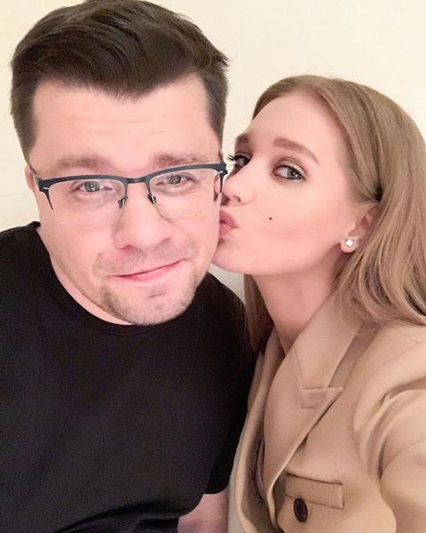 Кристина Асмус и Гарик Харламов вместе с 2013 года