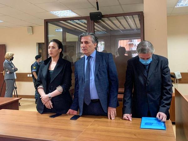 Александр Добровинский рассказал, каким образом Ефремов мог бы избежать наказания