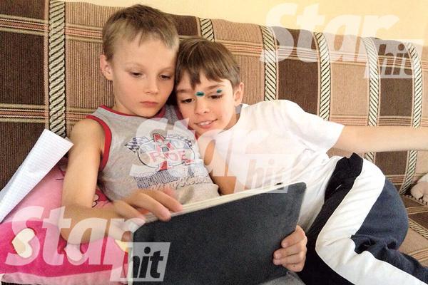 Ваня стал первым другом Валерьяна (справа). Мальчики познакомились полтора года назад