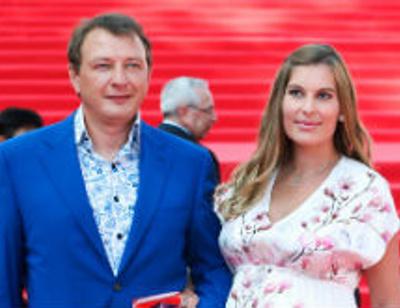 ММКФ 2016: Башаров с беременной женой и Кулецкая впервые после родов