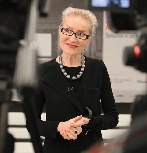 А еще Ольга Львовна – академик Российской академии художеств и кинодокументалист с международными призами