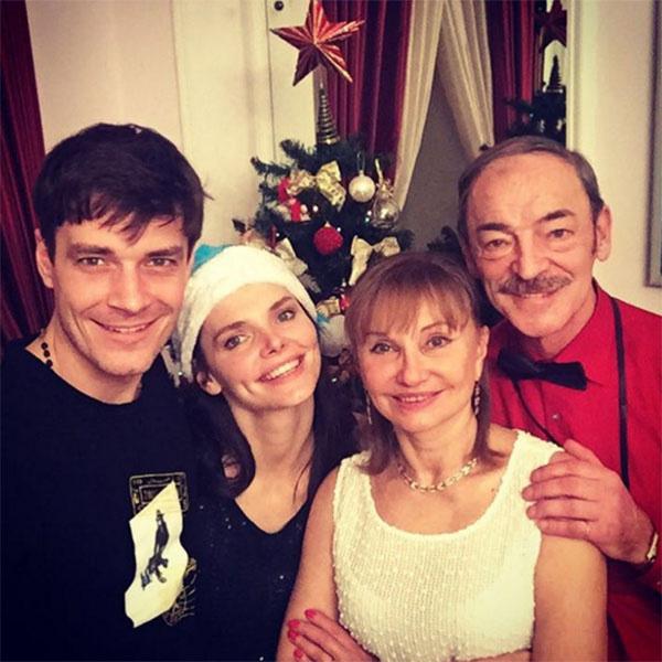 Елизавета Боярская после пересудов о расставании с мужем стала чаще публиковать семейные снимки