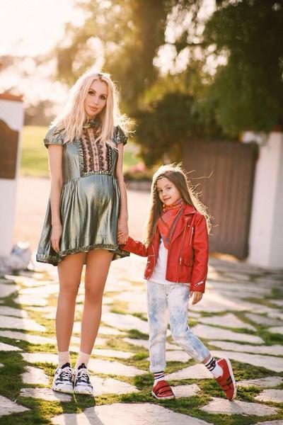 Светлана Лобода со старшей дочерью Евангелиной