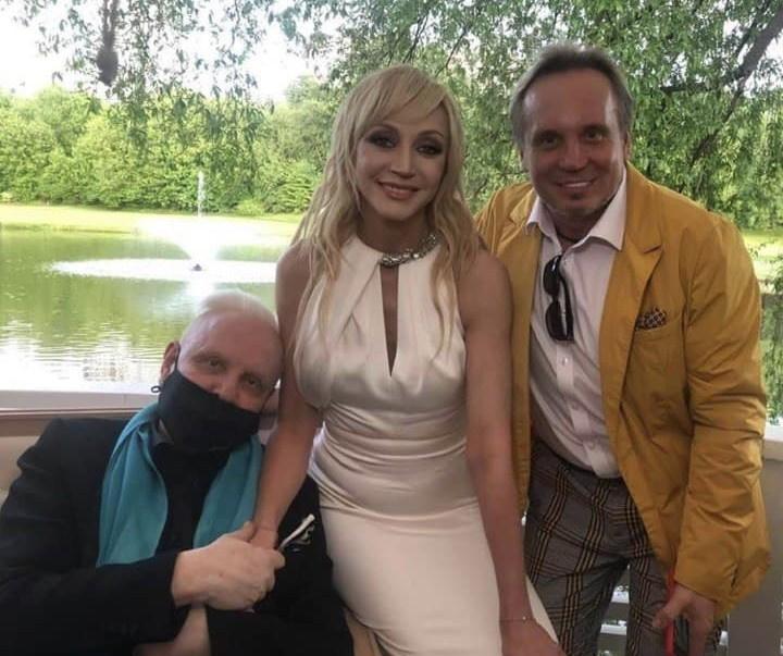 Борис Моисеев и Сергей Горох пришли поздравить с юбилеем Кристину Орбакайте