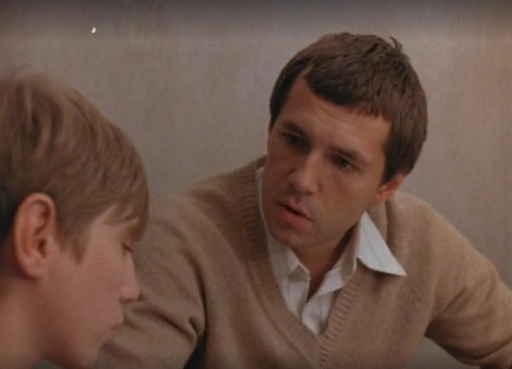 Первую главную роль Яковлев исполнил в спортивной драме «Поражение после победы» 1989 года