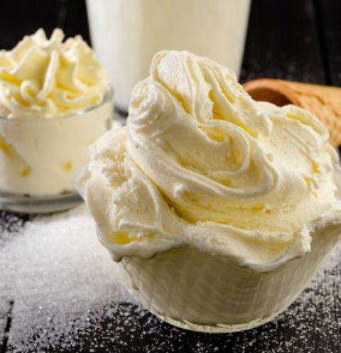 В кафе готовят особое мороженое - джелато