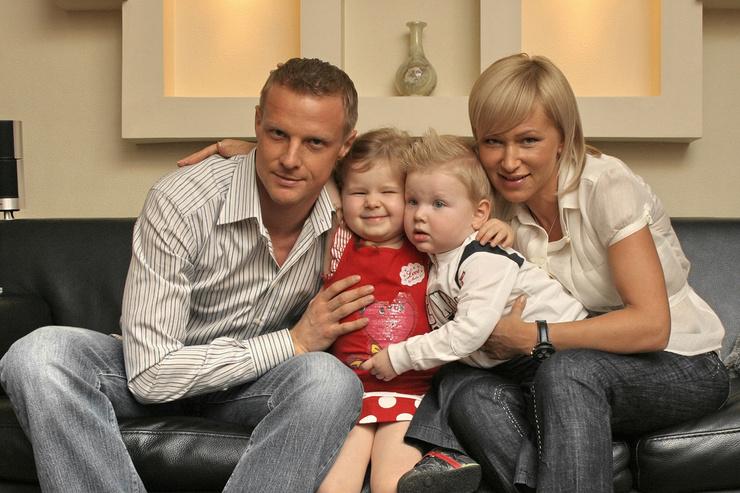 Супруга Марина подарила Вячеславу двоих детей