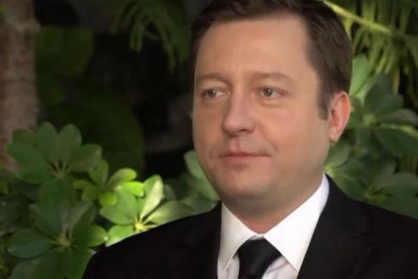 Петр Фадеев признался, что розы для церемоний покупают гораздо больше, так как ситуации бывают разные
