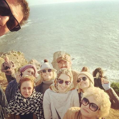 Максим и Ксения с друзьями и близкими на мысе Рока