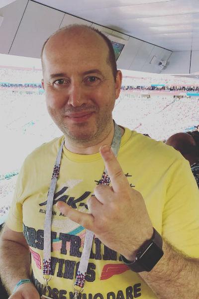 Сергей снимается преимущественно в сериалах