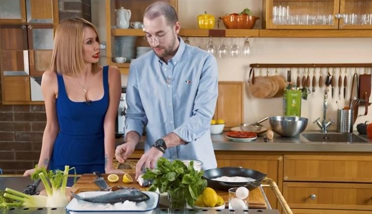 Андрей Бебуришвили с удовольствием пообщался с Утяшевой в ходе кулинарных эеспериментов