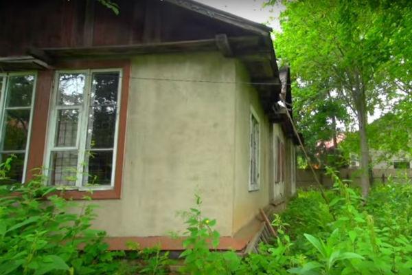 Так выглядел загородный дом Алексея Баталова до ремонта