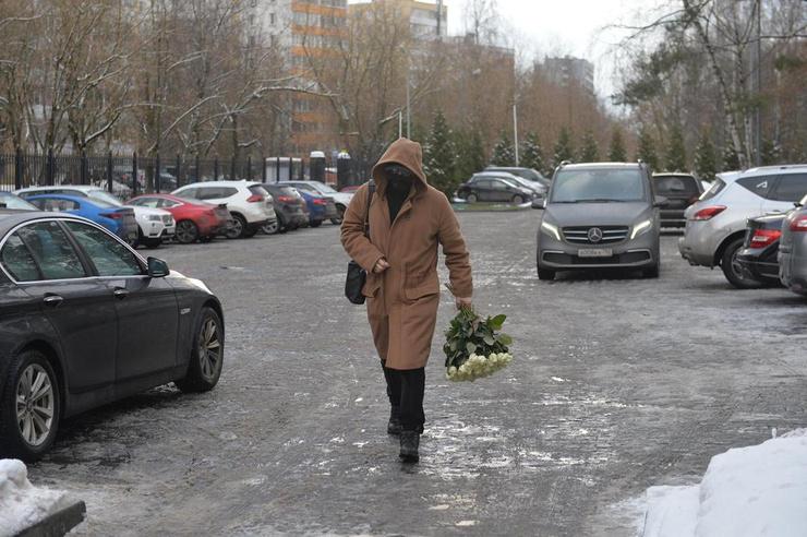 Денис Клявер также почтил память Шевчука