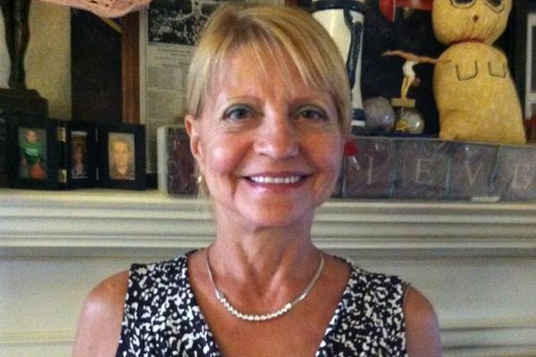 По словам экс-супруга спортсменки, Ольга Корбут живет с мужем Дэвидом в Аризоне