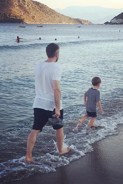 Дмитрий заботится о будущем сына