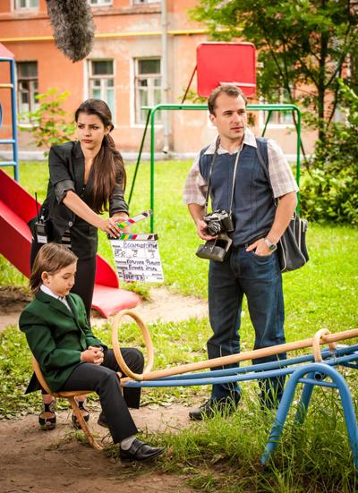 Кадр со съемок пятого сезона сериала «Восьмидесятые»