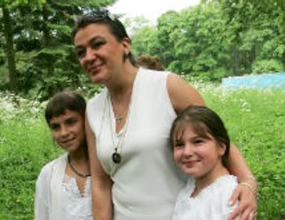 Анастасия Мельникова с дочкой худеют на 12 килограммов каждая