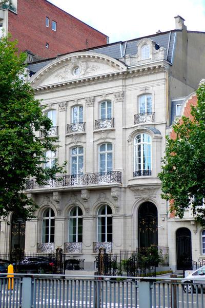 Этот Брюссельский особняк XIX века принадлежит Арине
