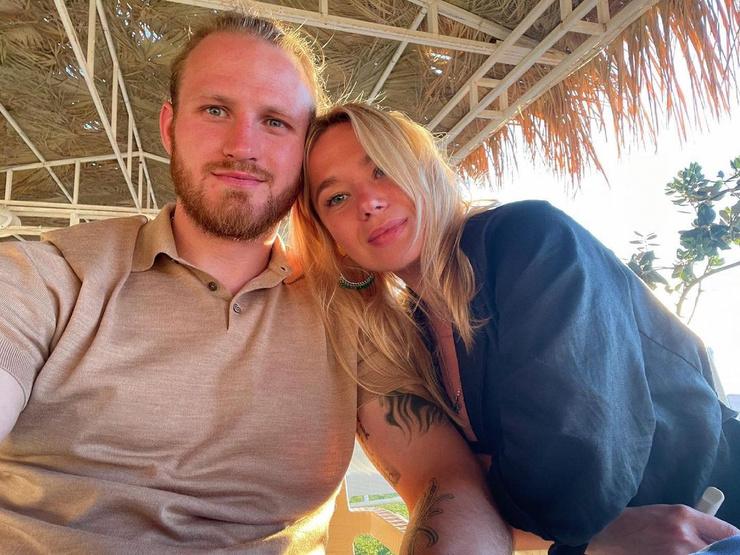 В мае Иван сделал предложение возлюбленной - Марии Гончар.