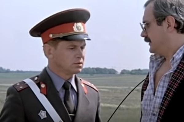 Актер сыграл роли милиционеров в 20-и фильмах