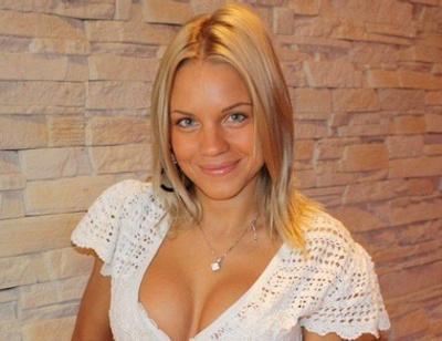 Бывшую жену Александра Кержакова бросил состоятельный бойфренд
