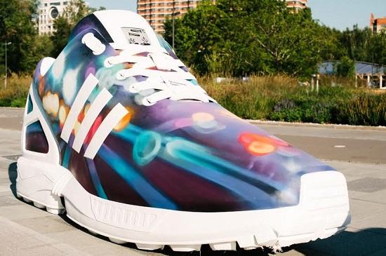 Дизайн кроссовка от группы SEREBRO