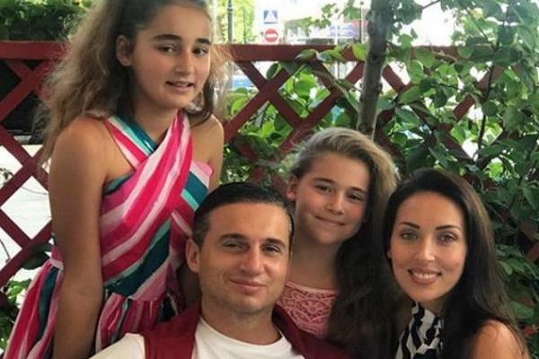 Алсу со своей семьей