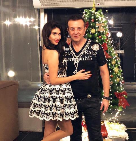 Рома Жуков с любовницей