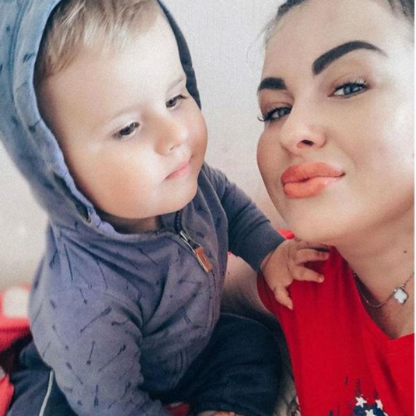 Елена Степунина с сыном Матвеем