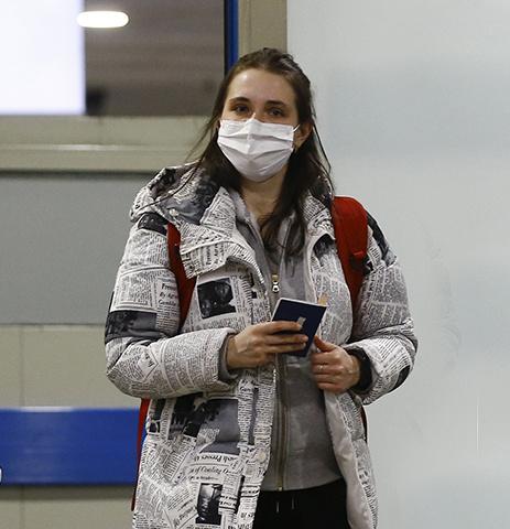 Из-за распространения коронавируса в мире давно началась паника