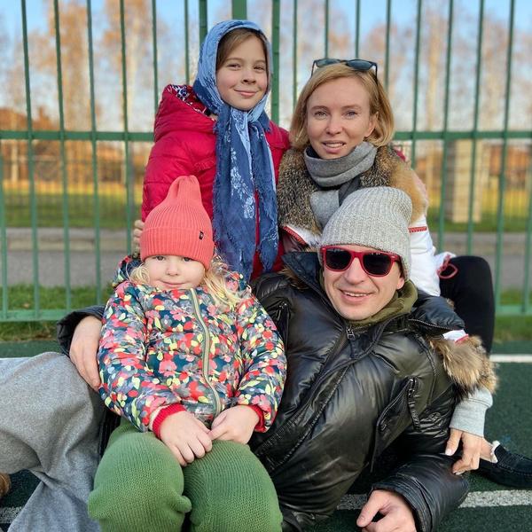 Татьяна и Алексей воспитывают двух дочерей
