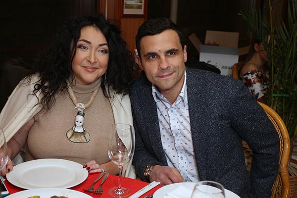 Брак с Ивановым Лолита намерена признать фиктивным