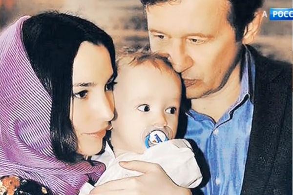 Нынешняя супруга Татьяна младше Олега почти на 30 лет