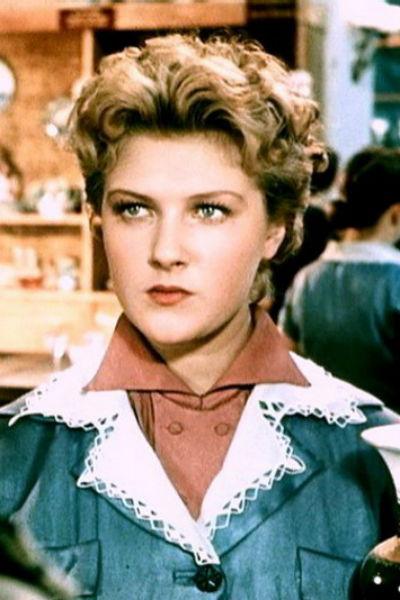 Дружинину всегда считали одной из самых красивых женщин советского кино