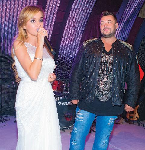 Ксения и Сергей исполнили вместе песню «Студент»