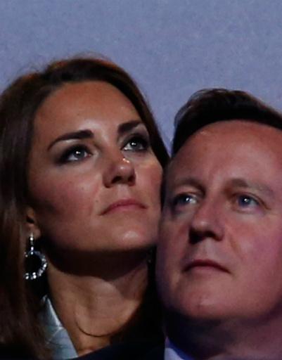 Кейт и премьер-министр Великобритании Дэвид Кэмерон. Мы и не знали, что они такие друзья! Уильям не будет ревновать?