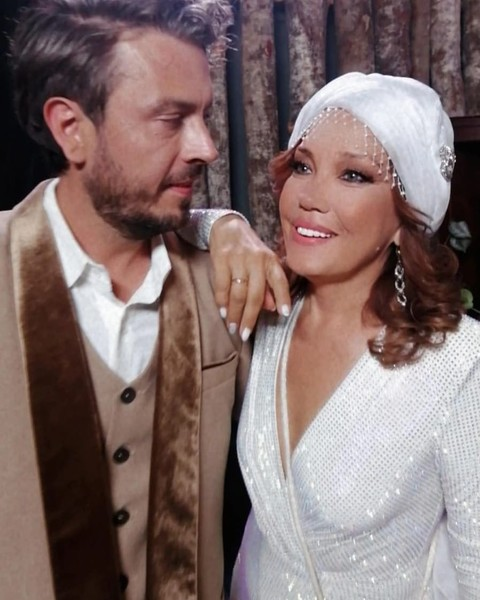 Певица Азиза с мужем Алессандро Лортэ