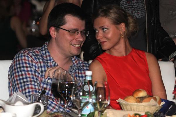 Звезда «Интернов» с супругом Гариком Харламовым
