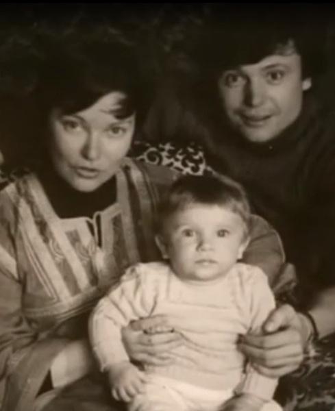 Токарев с женой и сыном Степаном