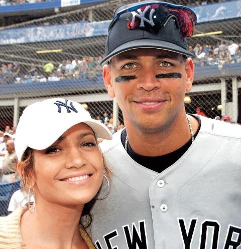 За плечами у певицы уже три официальных брака, но замуж за бейсболиста она пока не собирается