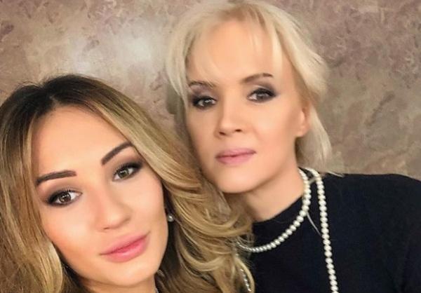 Елена с дочерью Мишель