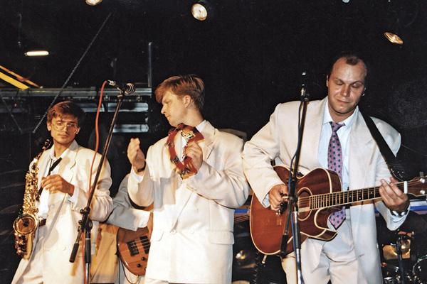 Валдис выступал в группе «Несчастный случай» 14 лет, 1999 год