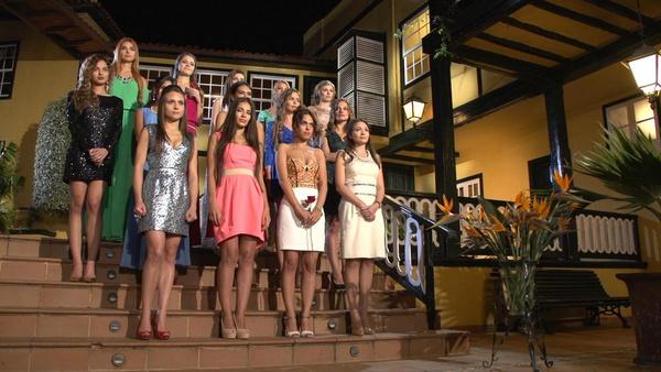 25 незамужних девушек боролись за сердце холостяка