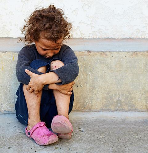 Многие дети становятся жертвами безответственности взрослых