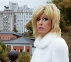 Ксения Собчак запела стебный шансон